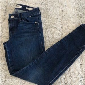 Low rise guess skinny jeans